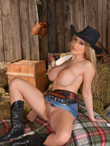 Anastasia In Cleavage Cowgirl 09