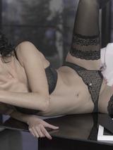 Leanna And Victoria In Threesome 01