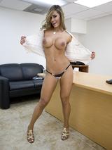 Esperanza Gomez 02