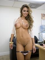 Esperanza Gomez 04