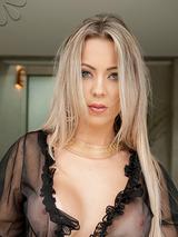 Katlen Oliveira 09