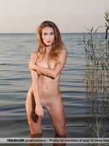 Rena Naked Superbeauty 00