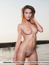 Rena Naked Superbeauty 03