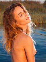 Rena Naked Superbeauty 08