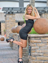 Athletic Beauty Katie 02