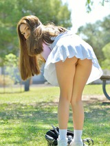 Schoolgirl Kelly 01