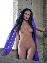 Erotic Girl Kayleigh 09