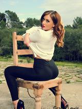 Gracie Lewis 05