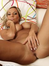 Busty Tami Posing Naked 10