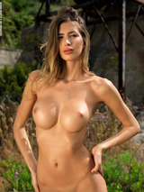 Claudia - Talking Body 11