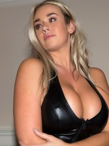 Melissa Deblin 06