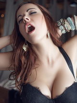 Glamorous babe in black lingerie 02