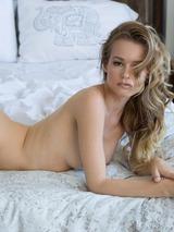 Olivia Preston 03
