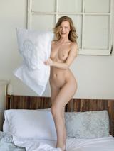 Olivia Preston 05