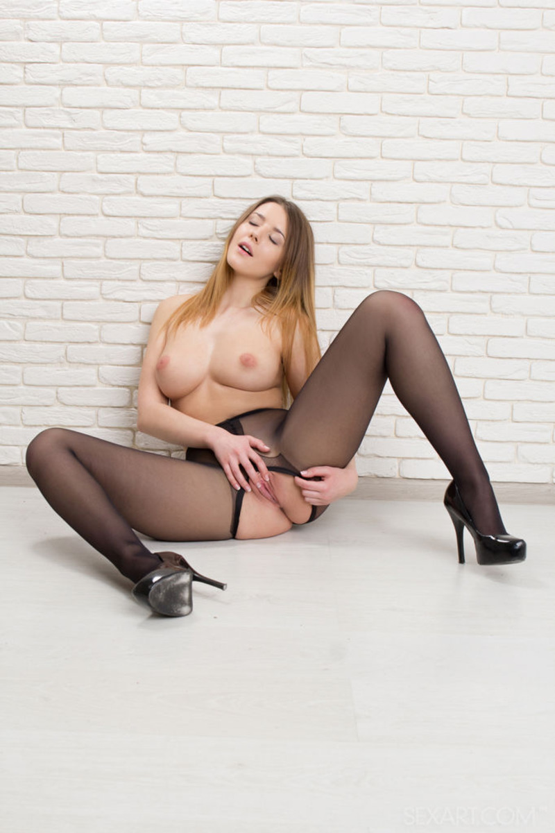 Sybil A In Stockings 06