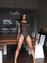 Suzie Carina 05