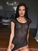 Suzie Carina 06