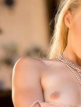 Melanie Jayne 01