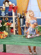Isabella, Natasha Nicolas, Jana Cova - Sexy Country Florist 01