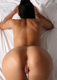 Nanked pleasure on the sheets