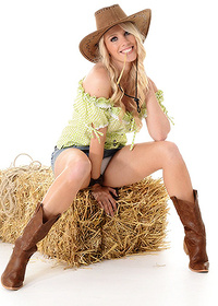 Taylor Shay - Wild West From Virtua Girl