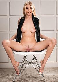 Teen Naked Jane F