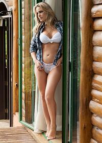 Hot Sabrina Hendler Pics