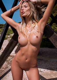 Claudia Gets Naked