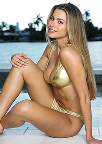 Sofia Vergara nude and sexy pictures