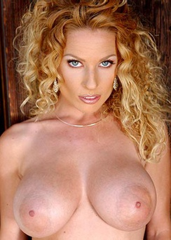 Sexy Milf Goldie Jones Big Boobs