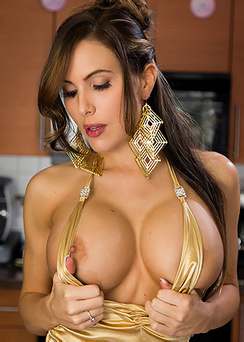 Hot Boobed Katie Banks