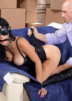 Blindfolded raven babe
