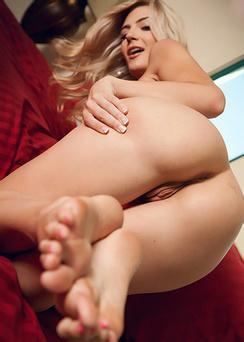 Amanda Sweet Hot Body