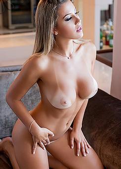 Vanessa Vailatti Strips Off