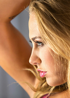 Carter Cruise In Sexy Pink