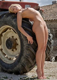 Sexy Farm Girl