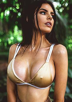 Busty Australian Beauty Nicole Thorne